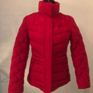 Kenneth Cole Sz XS Red down fill hooded jacket